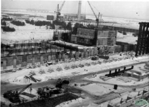Stavba 1.bloku. Rok 1975. Foto: chnpp.gov.ua