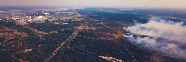 V Černobylu hoří Rudý les