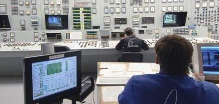 Reaktory VVER-440 z první generace: dva pohledy na věc