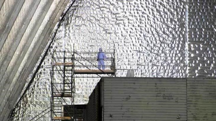 Práce uvnitř nového sarkofágu (zdroj EBRD)
